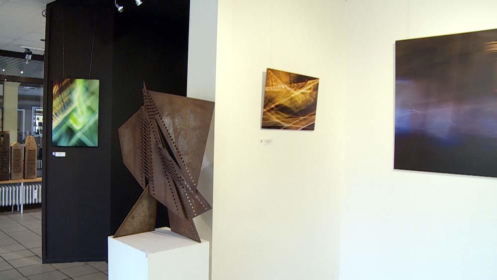 Linsenpinsel & Schweißbrenner – Ausstellung im Glaskarree Bad Godesberg